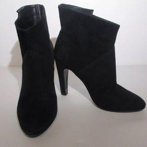 Sigerson Morrison Black Suede Ankle Bootie size 7
